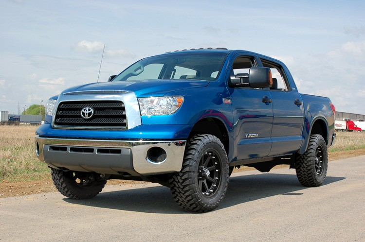 4 50'' SUSPENSION LIFT KIT TOYOTA THUNDRA 2007 A 2015 2/4WD NUMÉRO : 75320  ROUGH COUNTRY
